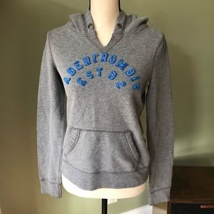 Abercrombie and Fitch hooded sweatshirt ⭐️